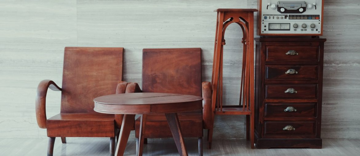 How to remove marks and scratches from wooden furniture without chemicals, Zazzy Home
