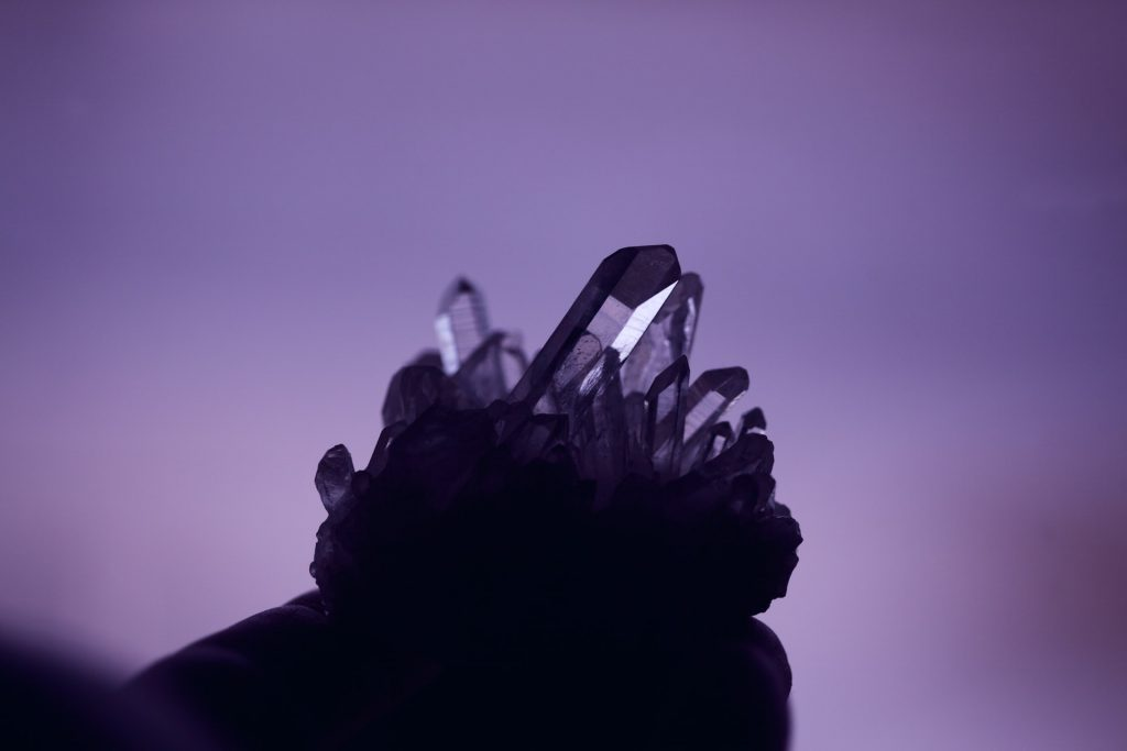 What crystals to keep in the bedroom, Zazzy Home
