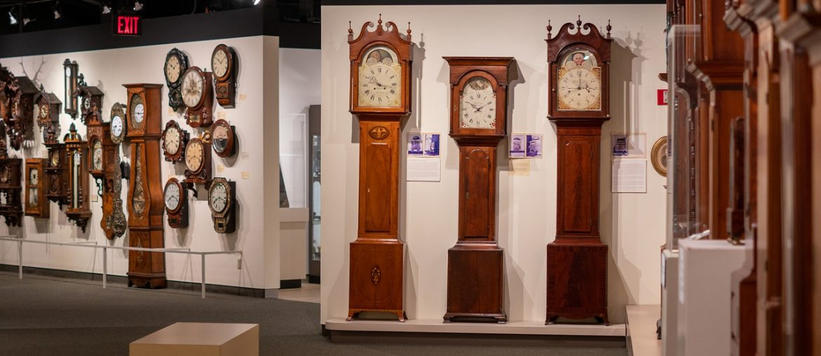 The perfect grandfather clock for any home, Zazzy Home