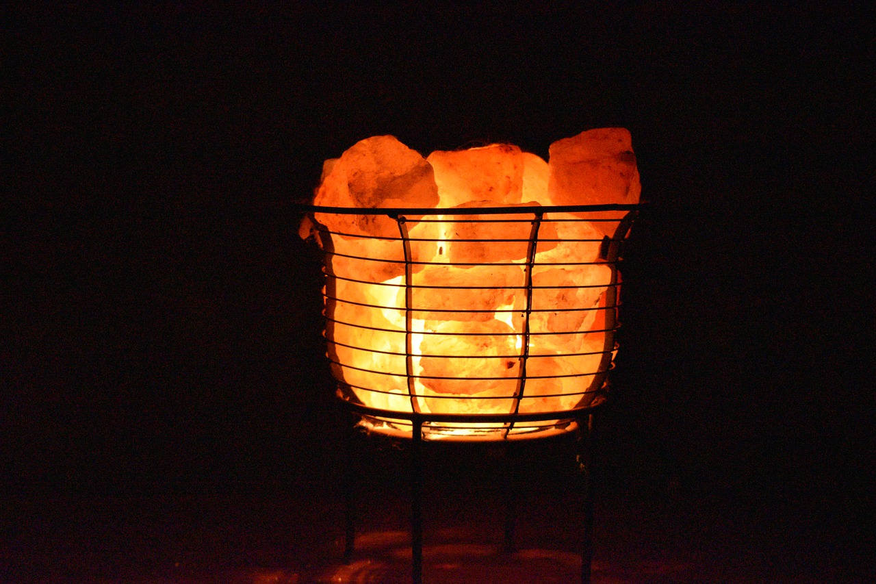 Why you NEED to get yourself a salt lamp – I'm sharing one of my best kept secrets!, Zazzy Home
