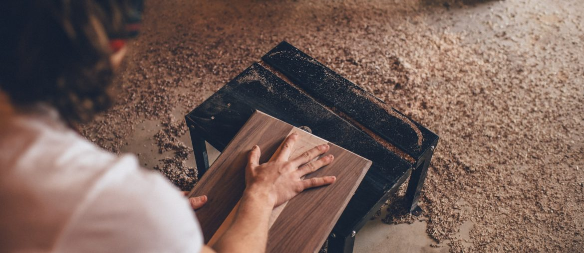 How to install wood backsplashes in any kitchen, Zazzy Home
