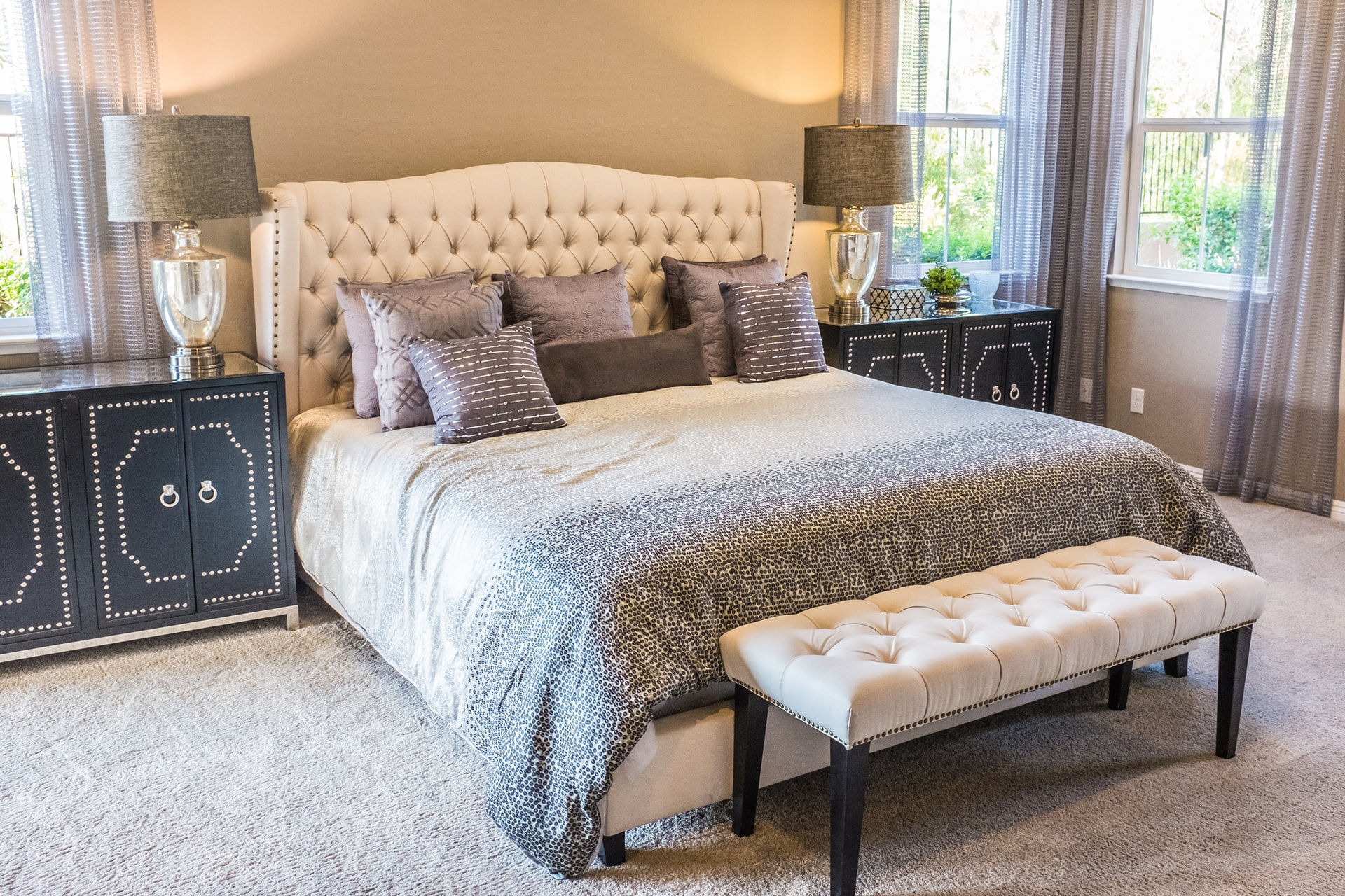 How to accessorize a bedroom dresser, Zazzy Home