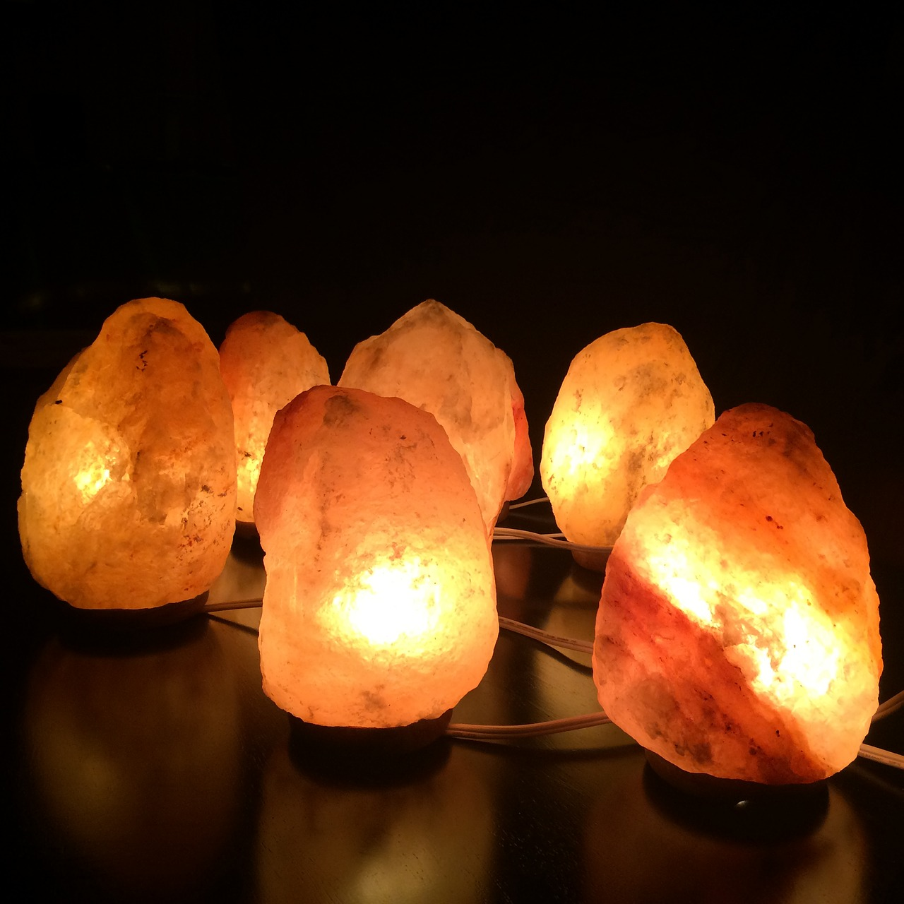 What to do about a leaking salt lamp?, Zazzy Home