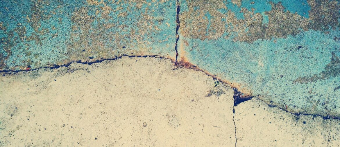 How to fix peeling paint on a concrete floor, Zazzy Home