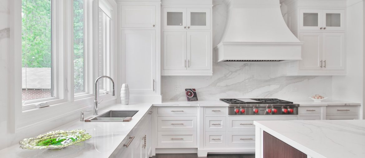 which is better for kitchen counters quartz or granite, Zazzy Home