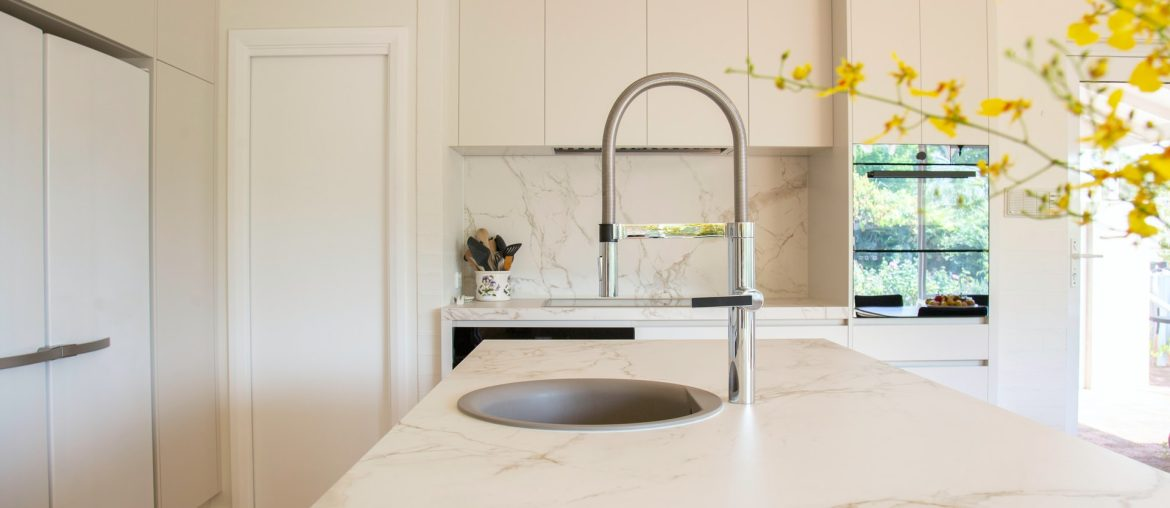 The beginner's guide to kitchen countertops, Zazzy Home